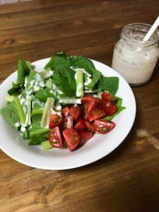 小松菜とみつトマトのサラダ