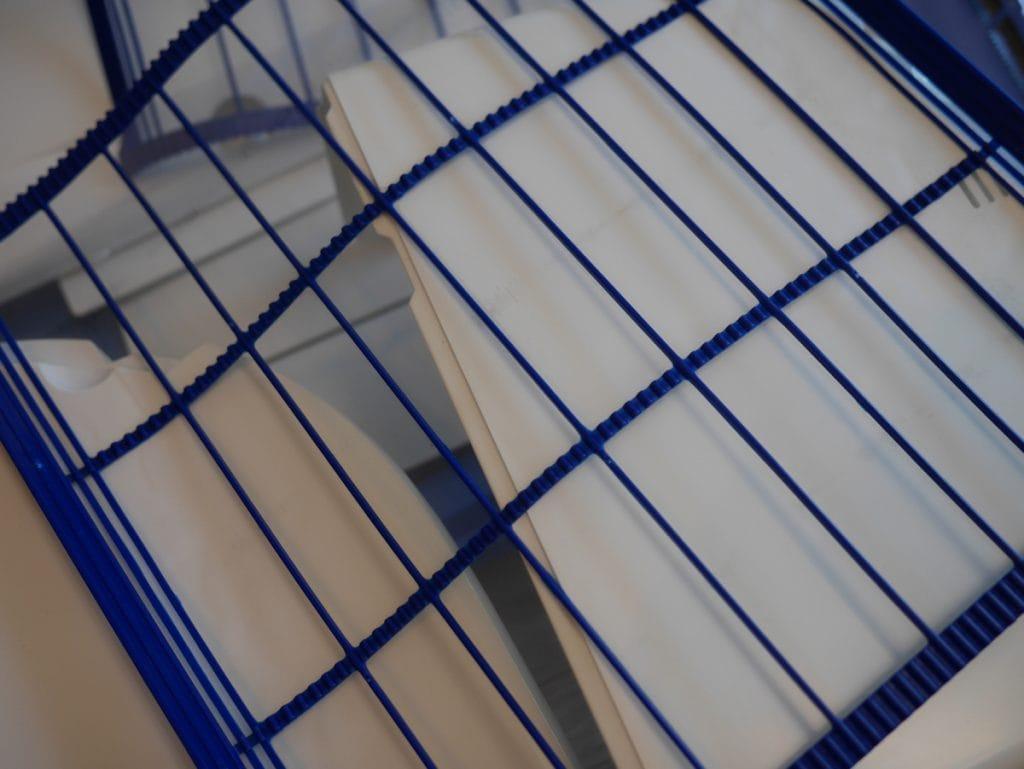 イオンのカジタク エアコンクリーニング きれいになったフィルター