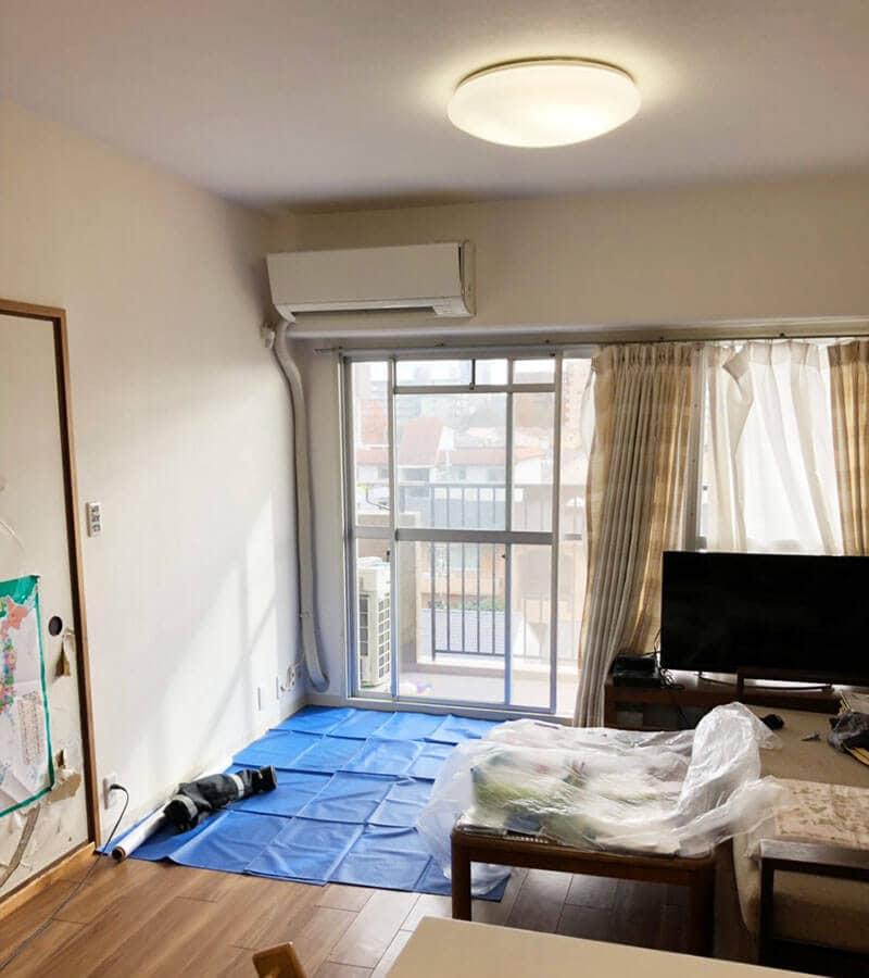 エアコン掃除前に部屋を養生