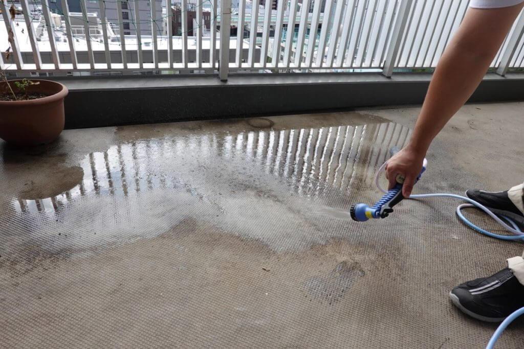 ベアーズ リセットプロ体験 ベランダ床掃除
