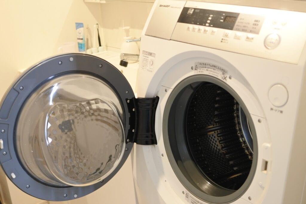 おそうじ本舗にクリーニングを依頼したSHARPのドラム式洗濯機